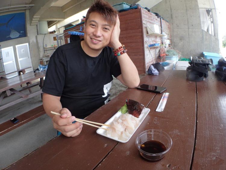 沖縄・読谷の海でとったどー